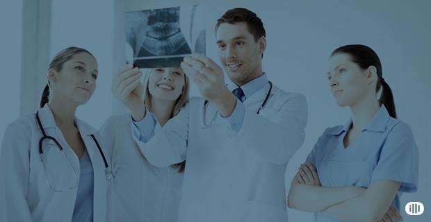 Qual é o número ideal de dentistas para montar uma clínica odontológica?
