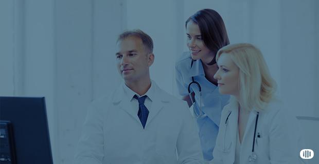 Descubra por que é arriscado não usar um software para clínicas