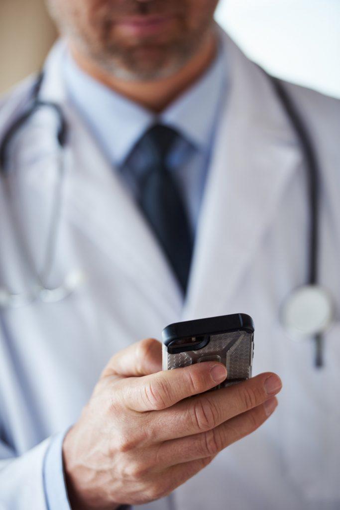 whatsapp e prática médica
