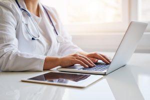 Prontuário eletrônico: agilidade e melhoria no atendimento aos pacientes