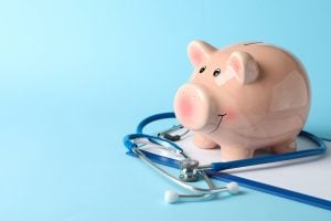 Controle financeiro do consultório: é preciso ter um software médico?