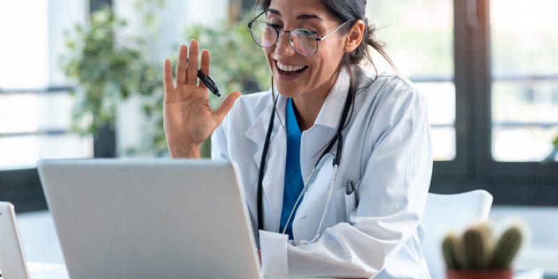 O atendimento médico online é mesmo o futuro?